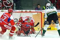 Kumstát dává Kovářovi gól na 1:0.