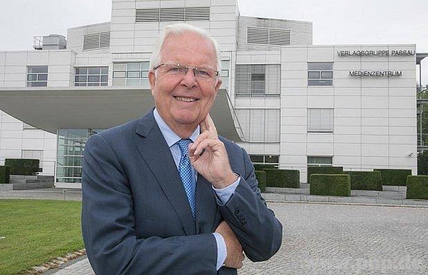 Dr. Axel Diekmann.