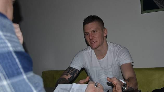 Zdeněk Ondrášek odpovídá na dotazy Deníku jižní Čechy.