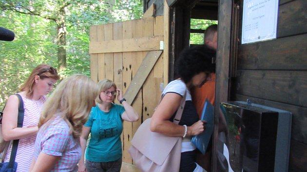 Krajské hygieničky si posvítily na letní tábor v Borovanech
