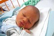 Přesně 3,50 kg vážil Daniel Pelech. Narodil se mamince Lence Viskupové 9. 12. 2018 v 5.15 h. Doma v Holubově ho čekala tříletá sestřička Adélka.