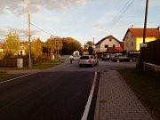 Mezi obcemi Kaliště a Zaliny u Českých Budějovic se ve středu odpoledne srazila tři auta. Čtyři lidé se těžce zranili.