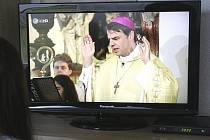 Pasovský biskup Oster kázal pro milion.