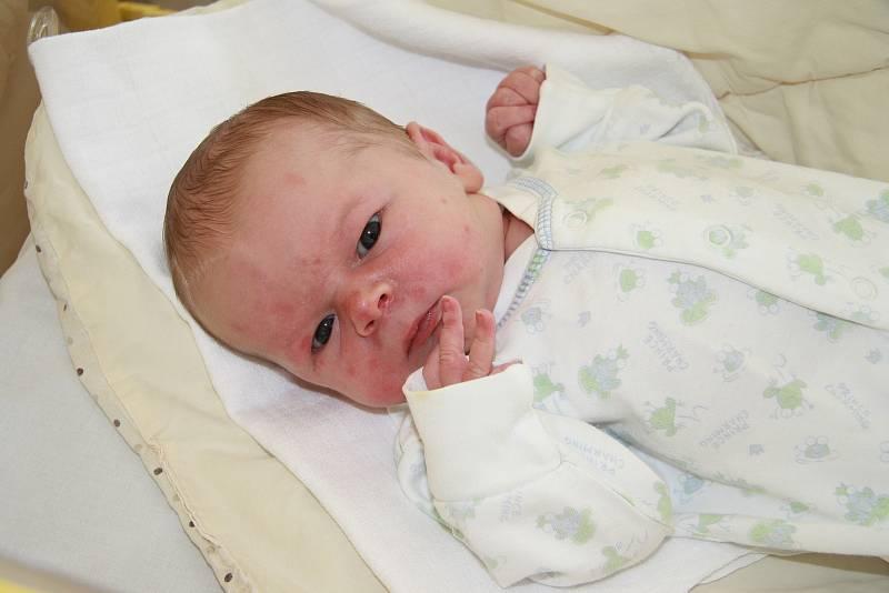 Lukáš Dubovský z Drslavic.Syn Mirky a Lukáše Dubovských přišel na svět 12. 6. 2021 v 10.25 hodin. Při narození chlapeček vážil 3160 g a doma jej již netrpělivě vyhlížela sestřička Míša (3).
