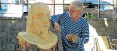 Desátý ročník řezbářského sympozia dá vznik krásným sochám, které se stanou ozdobou města.
