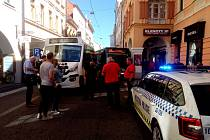 V pondělí 27. srpna 2018 zablokoval provoz autobusů v budějovické Krajinské ulici advokát Václav Junek. Poukázal přitom na rozhodnutí krajského soudu. Dopravní podnik chtěl původně ještě v pondělí udržet linku 24 v provozu.
