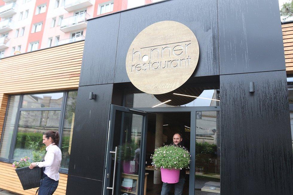 Restaurant Honer na Lidické třídě v Českých Budějovicích.