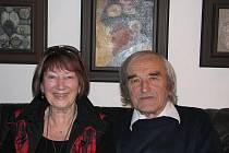 Manželé Zdenka a Alfréd Kindlerovi oslavili ve středu šedesát let společné cesty životem
