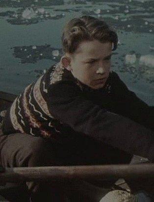 Josef Lukáš jako Petr.