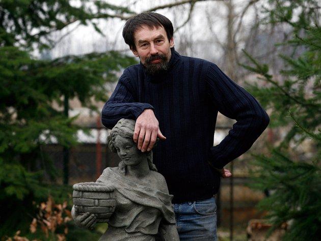Jan Bauer patřil k nejbližším přátelům zesnulého spisovatele Petra Pavlíka.