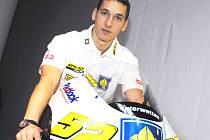 Patnáctý jezdec letošního mistrovství světa silničních motocyklů do 250 ccm  Lukáš Pešek bude jednou z největších hvězd sobotního motokrosu v Jílovicích.