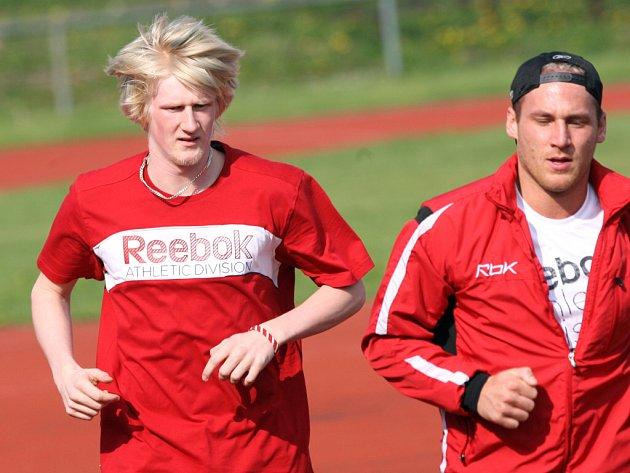 Stanislav Dietz (vlevo) se svým bývalým spoluhráčem Tomášem Kůrkou..