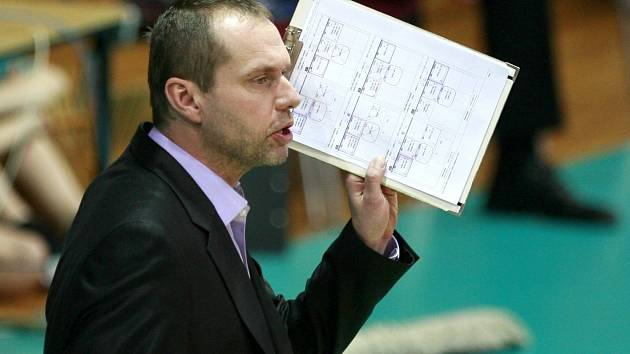Trenér Jihostroje Jan Svoboda.