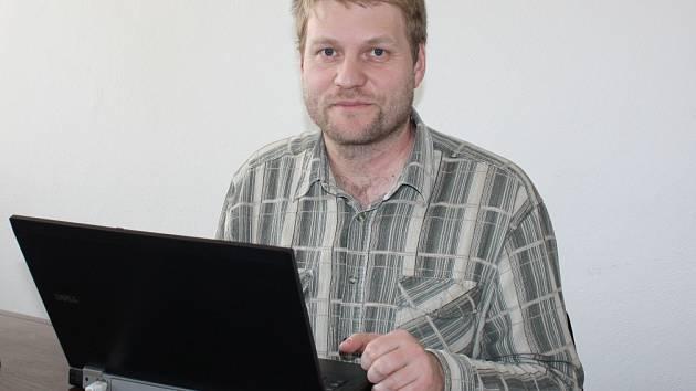 Daniel Kovář, ředitel archivu, odpovídal ON-LINE