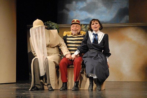 Josef Průdek, osobnost opery Jihočeského divadla, slaví 70.narozeniny. Snímek zpředstavení Mamzelle Nitouche.