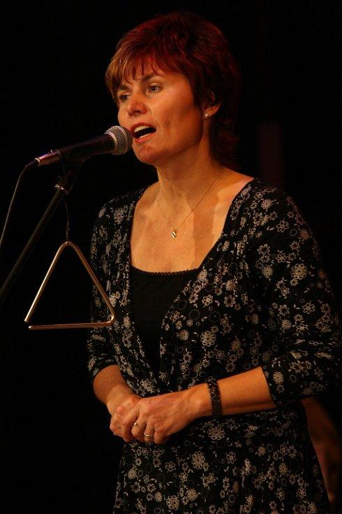 Strakonická skupina Šafrán slaví 35 let. V sobotu 9. listopadu bude mít výroční koncert ve strakonickém Domě kultury.