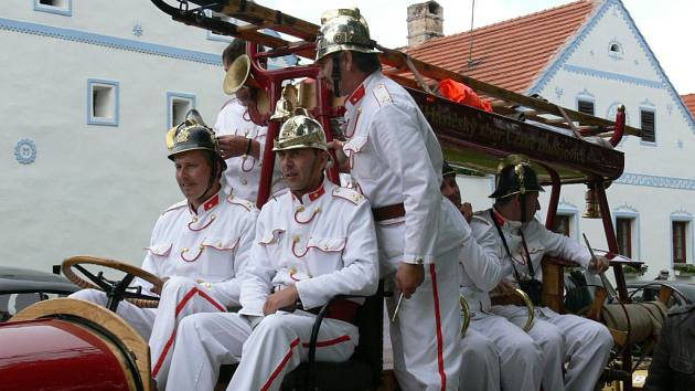 Křivonoska 2007