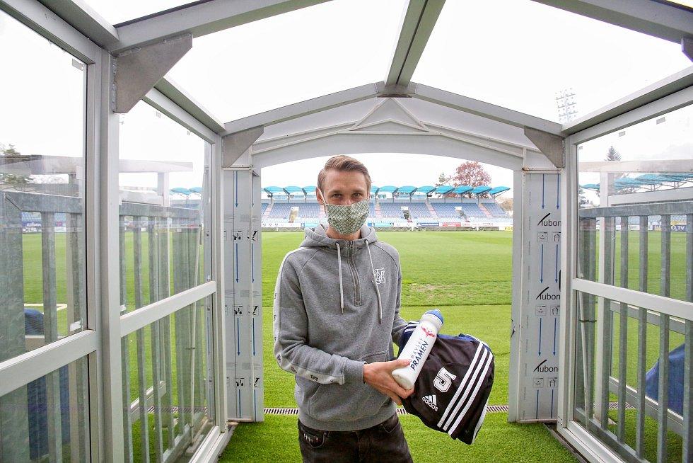 Fotbalisté Dynama začínají po koronavirové přestávce znovu trénovat.