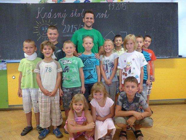 První školní den na Základní škole v Hosíně.