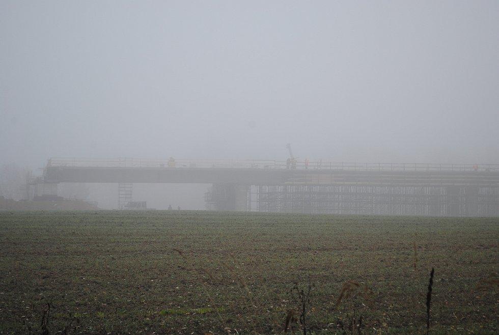 Výstavba D3. Most u Otmanky.