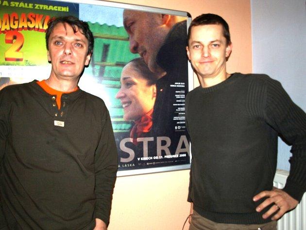 Pouze v mužském zastoupení uvedla filmová delegace v Kotvě nový film.
