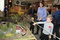 Sobotní a nedělní výstava Klubu železničních modelářů v Rožnově v Českých  Budějovicích dokládá šikovnost nadšenců. Koná se v klubovně na Lidické 226.
