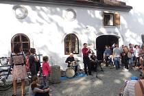 Exteriérovou výstavu Umění ve městě otevře vernisáž v centru Rabenštejnská 2020