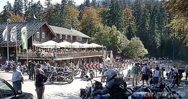 Přitahuje tisíce turistů.