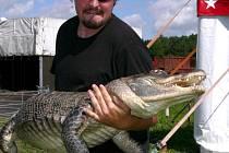 Ojedinělou krokodýlí show nabízí program cirkusu Sultán.