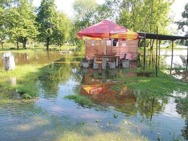 Povodeň ve Veselí nad Lužnicí.