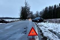Na trase České Budějovice Plav havarovalo v ranních hodinách osobní auto.