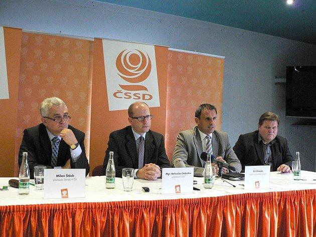 Veřejná debata sociálních demokratů v Art Igy.