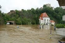 Ničivá povodeň napáchala veliké škody také v Pasově.