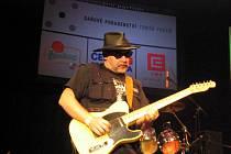 Tahákem  festivalu Rockem proti rakovině je stálice českého melodického rocku s hlavním představitelem Martinem Krausem.