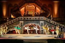 Balet Šípková Růženka převedli na otáčivé hlediště.