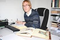 Adam Mackerle, proděkan Teologické fakulty Jihočeské univerzity, je jedním z členů širokého týmu, který Bibli překládá.