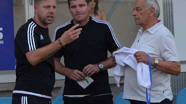 Trenéři Dynama: zleva David Horejš, Pavol Švantner a František Cipro.