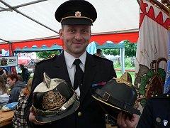 Nastupující hasičská generace v Horním Bukovsku se rozhodla uspořádat sraz historických stříkaček.