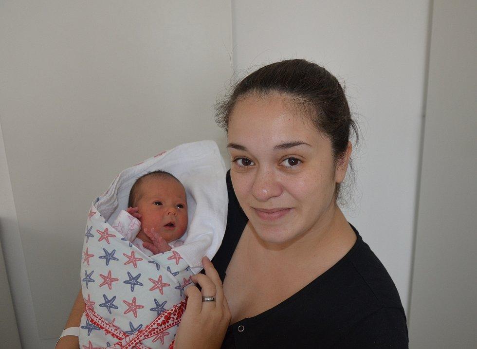 Anna Vondrová z Bechyně. Dcera Ludmily a Petra Vondrových se narodila 5. 11. 2020 v 5.36 hodin. Při narození vážila 3000 g a měřila 48 cm. Doma se na ni těšil bráška Daniel (4).