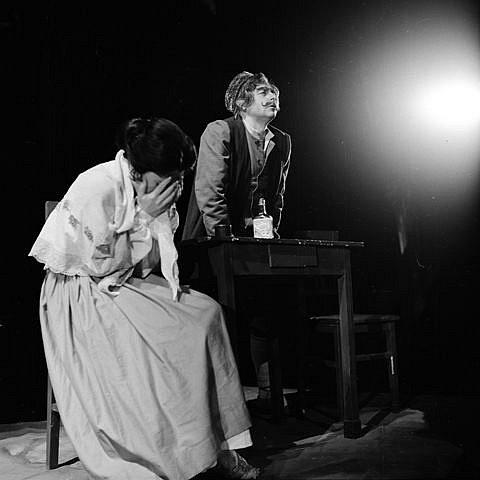 Josef Průdek, osobnost opery Jihočeského divadla, slaví 70. narozeniny. Snímek z představení Albena.