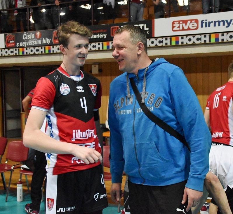 Miroslav Šotola se svým synem Markem.