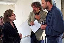 Do kin přijde 20. února komedie Babovřesky 2, kterou Zdeněk Troška natáčel loni v jižních Čechách, stejně jako první díl.