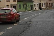 Silnice v Lišově.