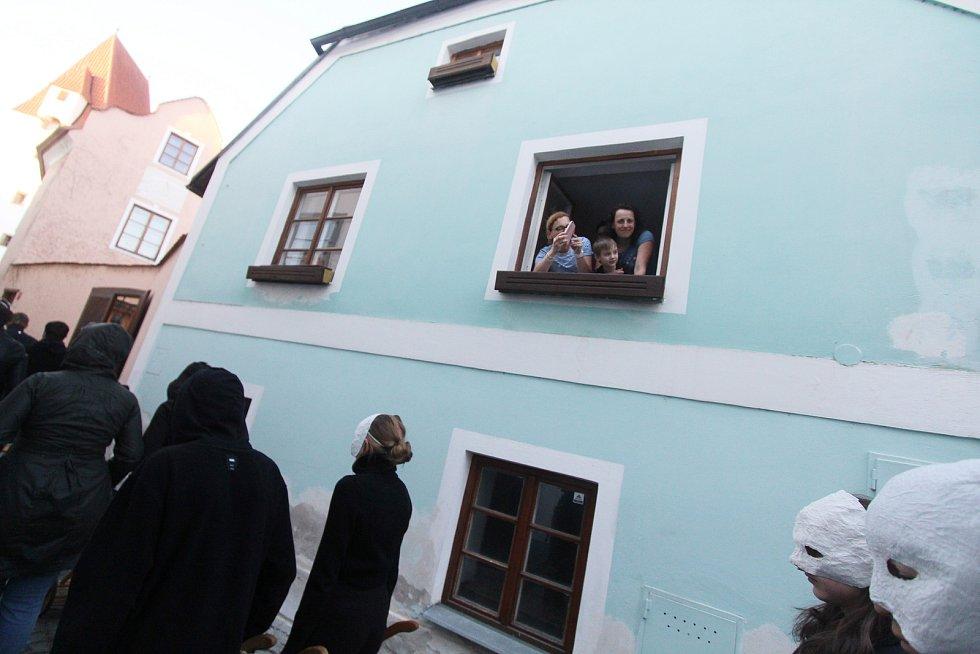 Hrkači v Českých Budějovicích. Snímek ze čtvrtečního večera.