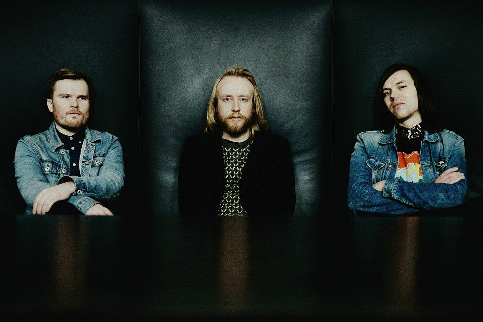 Českobudějovicé chlapecké trio Vees nahrálo novou desku.