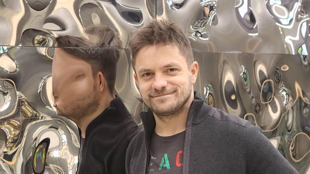 Herec Jiří Mádl.