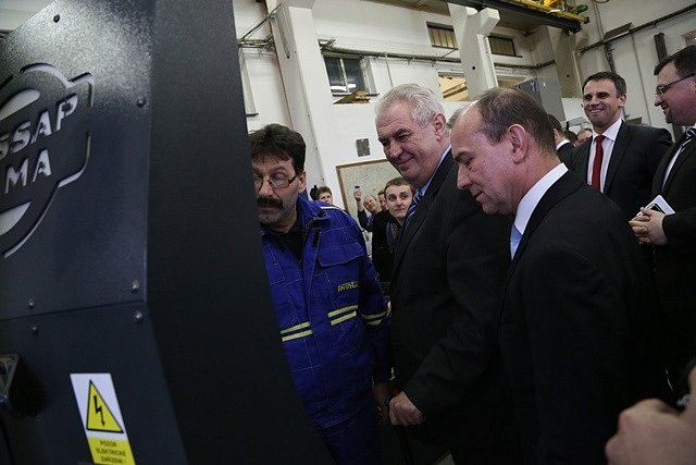 Prezidentská návštěva ve společnosti Farmtec v Jistebnici.