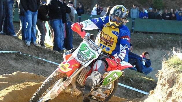 Zkušený motokrosař Milan Heřman se může za letošní sezonou směle ohlédnout. Třetí místo ve veteránském šampionátu je nesporně velkým úspěchem.