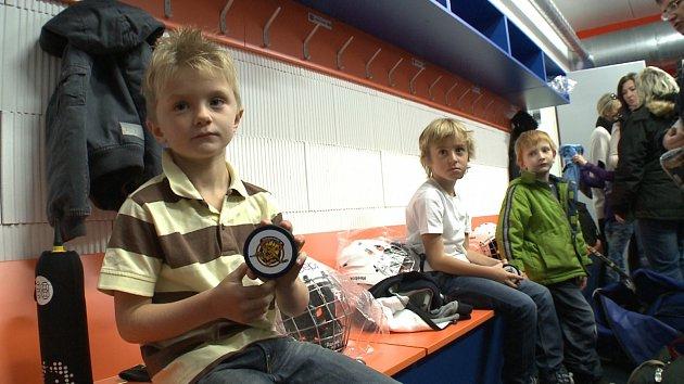 V Hokejovém centru Jaroslava Pouzara hrají malí Lvi
