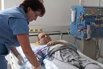 Dialyzační středisko českobudějovické nemocnice se stará o více než osm desítek pacientů.